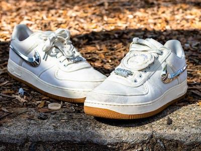 sneaker-2.jpg