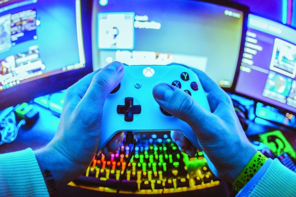 Gaming1_1