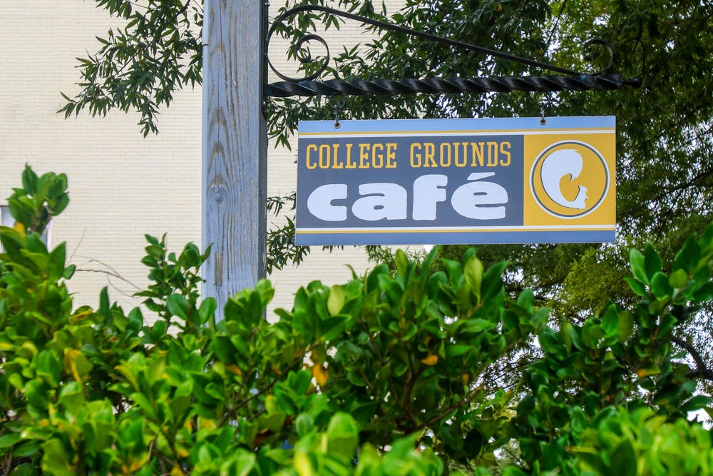 20201004-collegegrounds