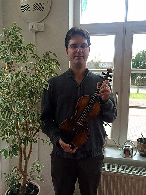 violin_rgb00