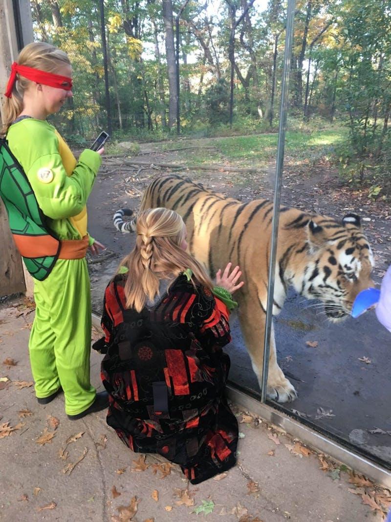 GVL / Courtesy - Haley GaedeLexi Henckel (left) and Kathleen Szczesny (right) at John Ball Zoo Saturday, Oct. 22, 2016.