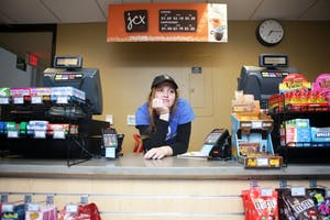 GVL / Emily Frye       Emily M. Gilbert patiently waits for her campus dining shift to end on Monday March 27, 2017.