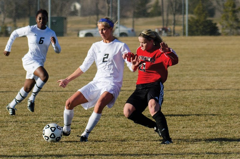 GVL/Archive Bo AndersonKatie Klunder (2), and Katie Bounds (6)