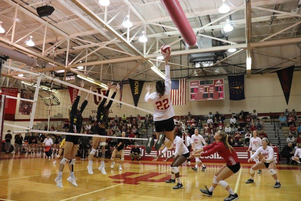 iu-volleyball-6