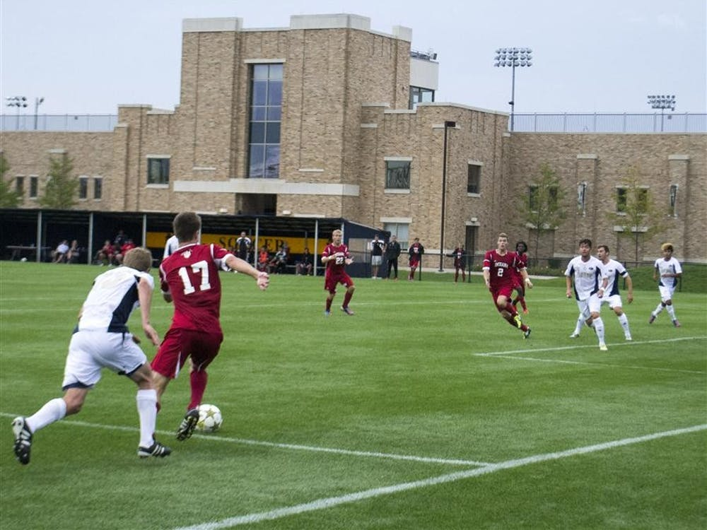 Jacob Bushue dribbles his way into the 18-yard box in the second half against Akron.  Bushue found No. 2 Eriq Zavaleta for an attempted shot, but the shot flew high.  The Hoosiers lost the game 1-0 and ended their undefeated streak thus far this season.