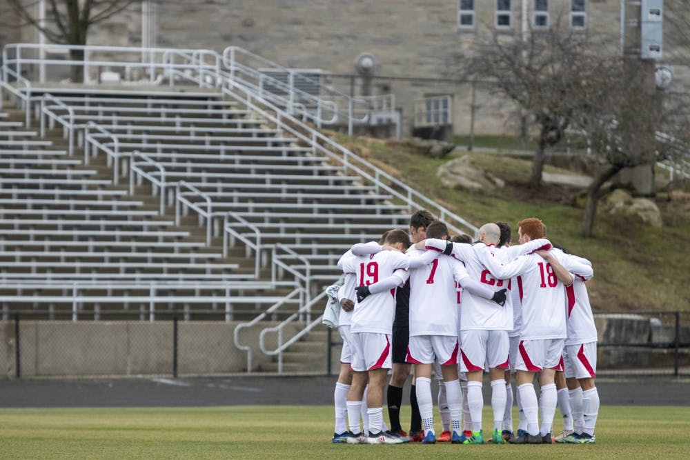 <p>IU men&#x27;s soccer starters huddle before the game Monday at Bill Armstrong Stadium. The Hoosiers won 3-0 against Rutgers on Friday in Piscataway, New Jersey. </p>