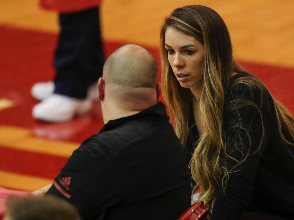 Krista Vansant talks to IU Head Coach Steve Aird. In Vansant's first season coaching IU, the team went 7-13 in conference play.