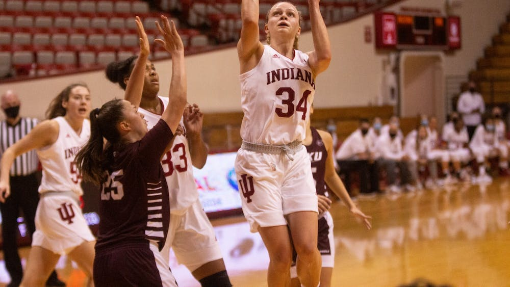 Junior Grace Berger attempts a layup Nov. 25 in the game against Eastern Kentucky at Simon Skjodt Assembly Hall. IU defeated Samford University on Dec. 3, 71-26, at home.