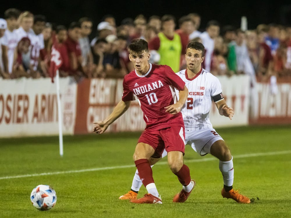 Freshman forward Tommy Mihalic passes the ball to a teammate Sept. 17, 2021, at Bill Armstrong Stadium. Indiana beat Michigan State 1-0 Sunday afternoon.