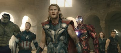 Marvel's Avengers: Age Of Ultron..L to R: Hulk (Mark Ruffalo), Captain America (Chris Evans), Thor (Chris Hemsworth), Iron Man (Robert Downey Jr.), Black Widow (Scarlett Johansson), and Hawkeye (Jeremy Renner)..Ph: Film Frame..©Marvel 2015