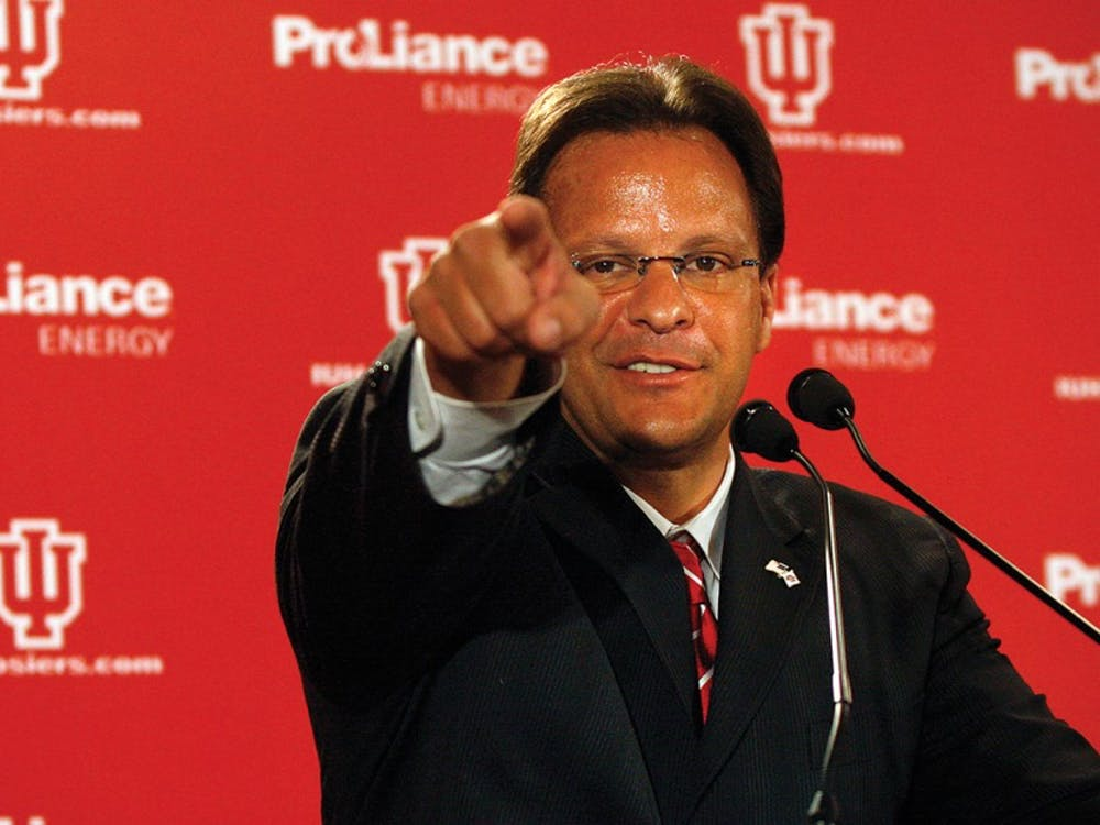 Jacob Kriese•IDSIU's new head men's basketball coach Tom Crean answers media questions at a press conference on Wednesday, April 2, 2008 in the Hoosier Room.