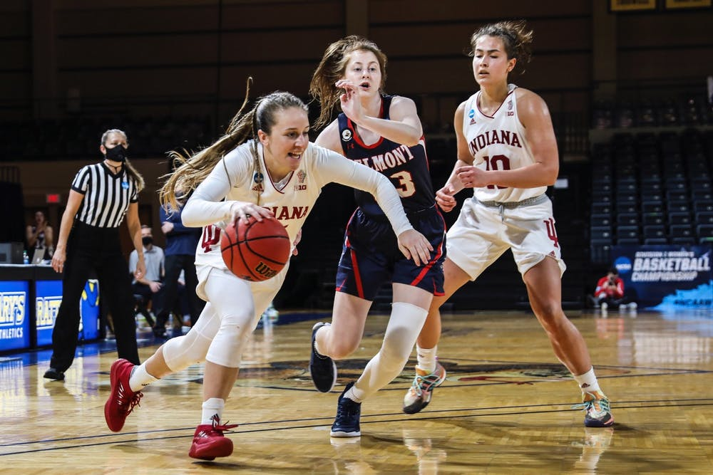 Then-redshirt junior Nicole Cardaño-Hillary dribbles the ball against Belmont University on March 24. Cardaño-Hillary transferred to IU during the COVID-19 pandemic.