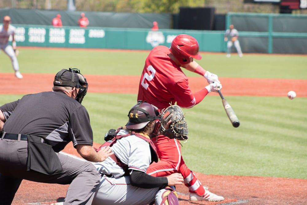 <p>Junior infielder Cole Barr bats Sunday at Bart Kaufman Field. The IU baseball team went 3-0 this weekend against Minnesota. </p>