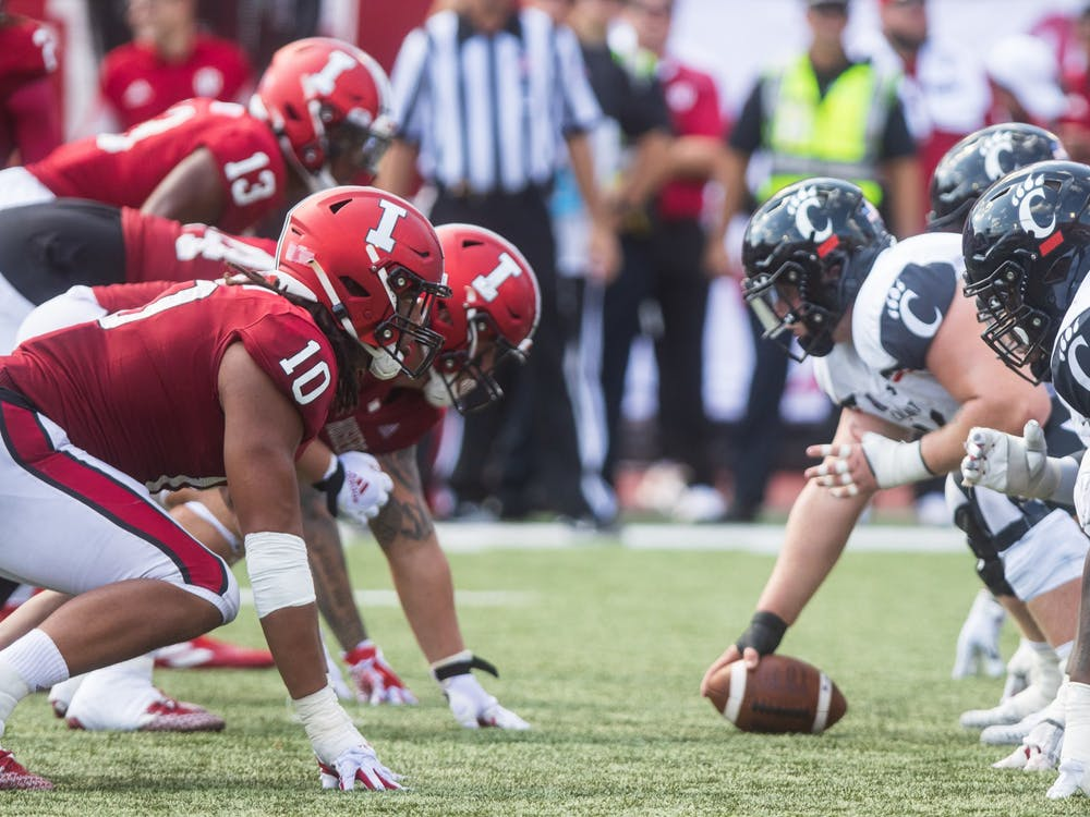 Indiana's defensive line lines up against the University of  Cincinnati's offensive line on Sept. 18, 2021, at Memorial Stadium. Indiana has a chance to bounce back from a 38-24 loss to Cincinnati this Saturday when it heads to Bowling Green, Kentucky, to face off against Western Kentucky University.