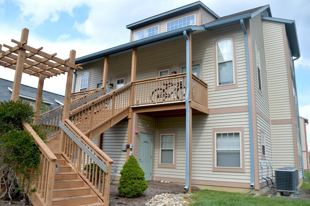 <p>A duplex at MeadowCreek neighborhood appears April 21 in Bloomington. The Bloomington City Council voted down an amendment 3-6 Thursday.</p>