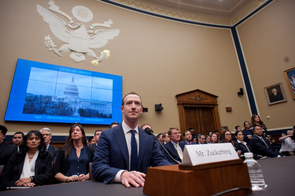 us-news-facebook-congress-zum-1