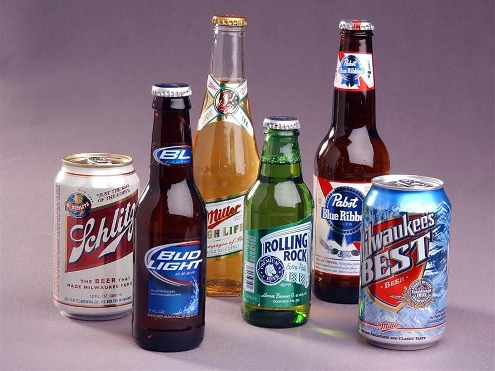 Beers and other alcoholic beverages will not be sold on Sundays, despite a recent push for the Indiana legislature to overturn laws prohibiting the sale of alcohol on Sundays.