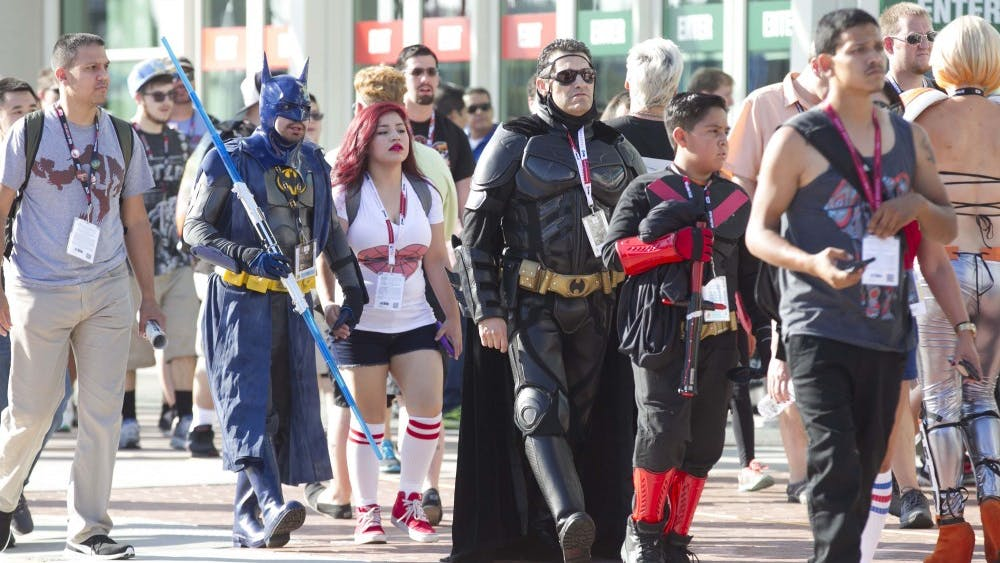 The first day of Comic-Con at the Convention Center started smoothly with large crowds and warm weather on July 21, 2016 in San Diego, Calif. (John Gibbins/San Diego Union-Tribune/TNS)