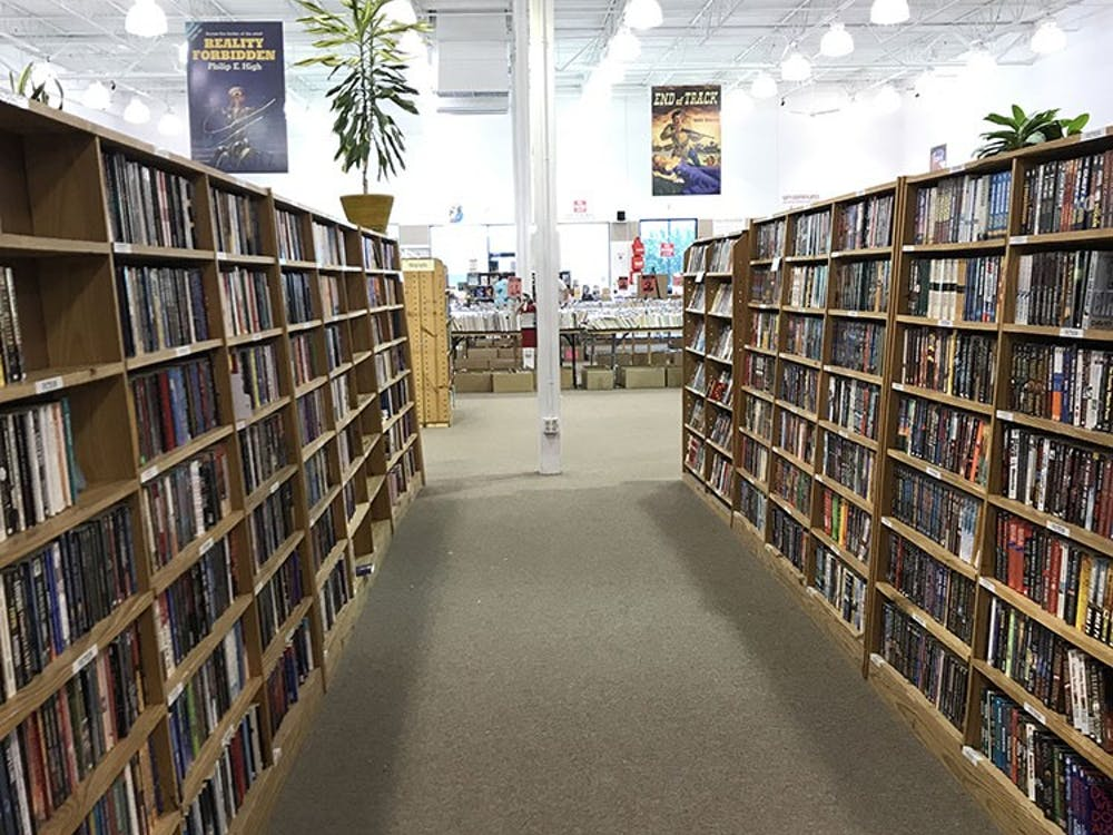 The Half Price Books outlet carries a wide selection of discounted books. Its many shelves can captivate a bookworm for hours.