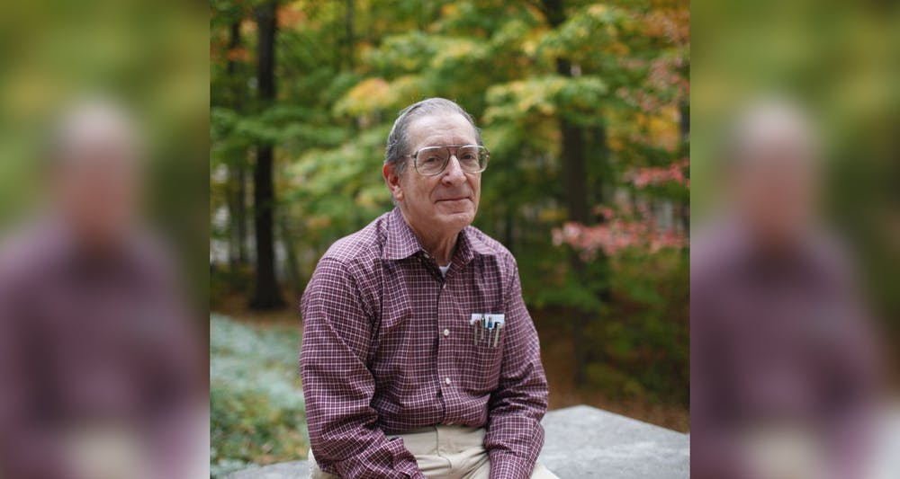 <p>Chemistry professor Dennis Peters poses for a headshot. Peters died Tuesday.</p>