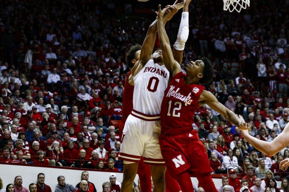 basketball-nebraska-langford-tiplick2