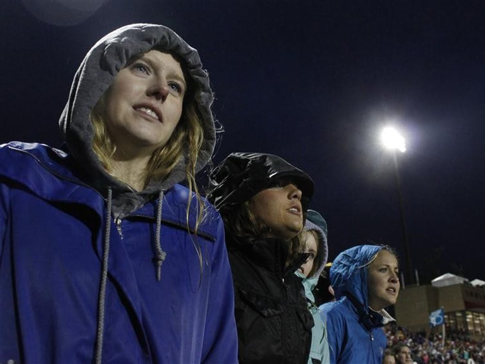 Teter fans watch the last laps of the 2012 women's Little 500 on Friday at Bill Armstrong Stadium.