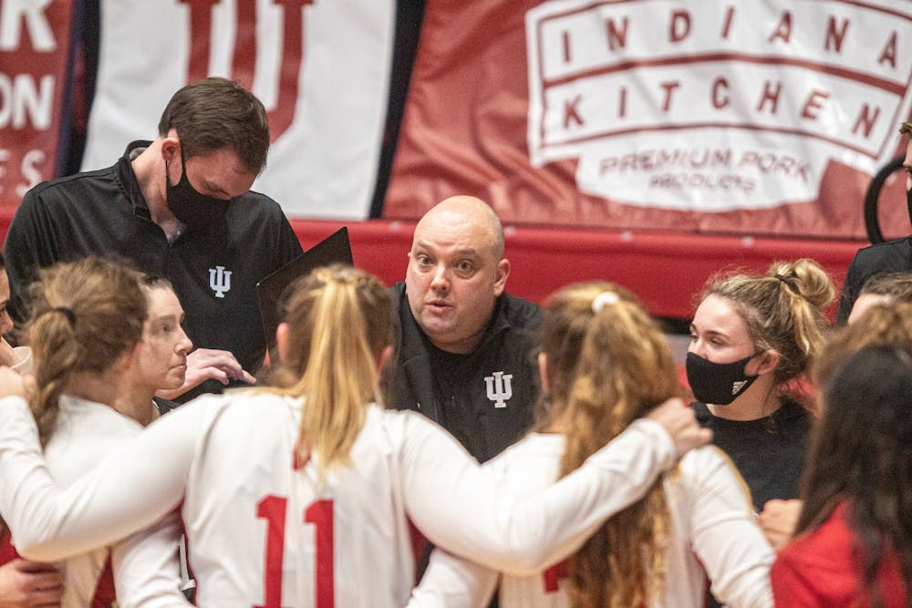<p>Head coach Steve Aird talks to his team during a break in the action Feb. 12 at Wilkinson Hall. IU lost to Penn State on the road 0-3 on Saturday.</p>