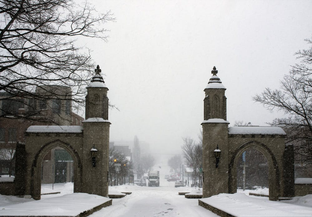 <p>Snow flurries fall near the Sample Gates on Monday. A winter weather advisory was put into place for South Central Indiana on Thursday. </p>