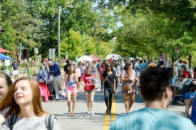Groups of students looking for new opportunities flocked to Dunn Meadow for the annual Student Involvement Fair on Aug. 29, 2016. The event has everything from student orginizations to local nonprofits.