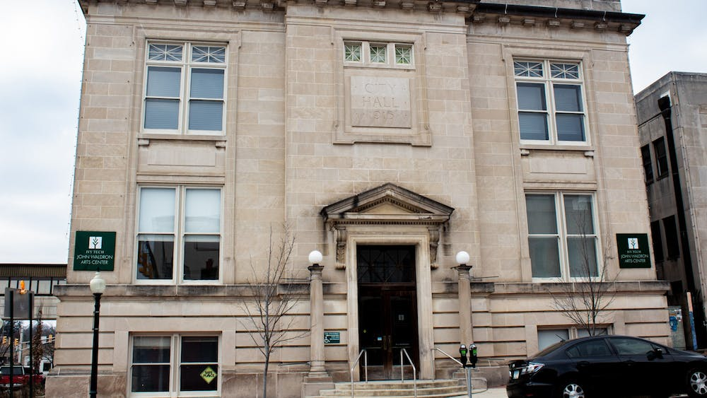 The John Waldron Center at 122 S Walnut St. The building was a community arts center from 1990-2020.