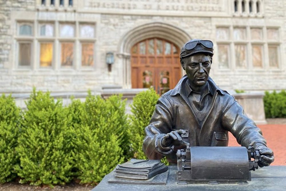 <p>Statue of prolific journalist Ernie Pyle outside of Indiana University's Media School, Franklin Hall. The Indiana Daily Student was granted 20 awards on March 20 from the Associated Collegiate Press and the College Media Business and Advertising Managers' annual events.</p>