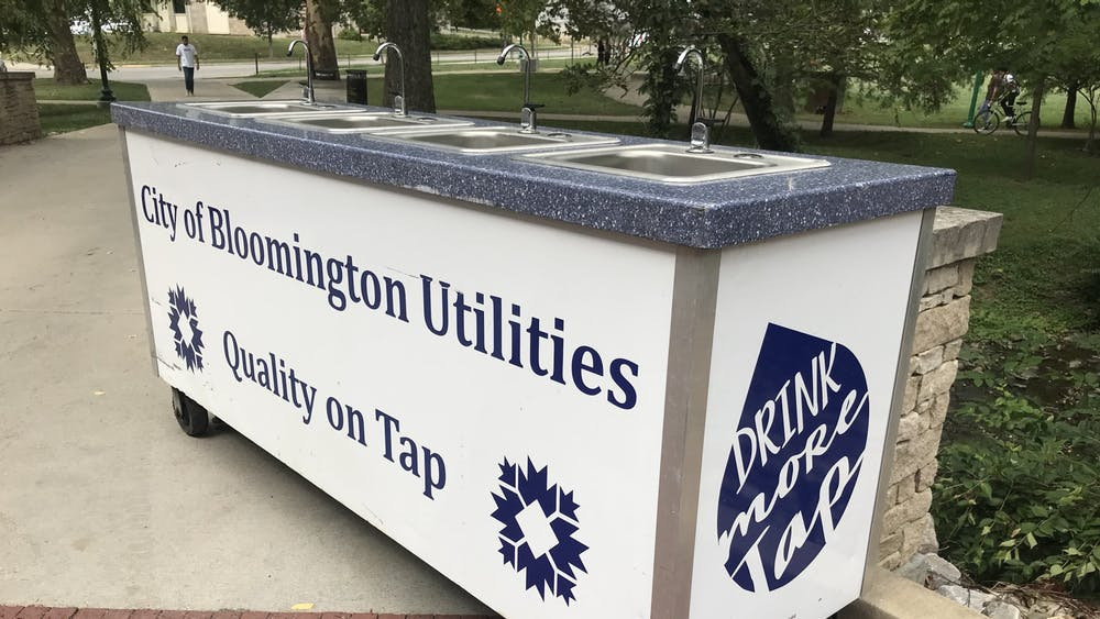 Movable sinks promoting the quality of Bloomington tap water are seen Sept. 10, 2021, behind Franklin Hall. The Bloomington Department of Utilities has received complaints about their water tasting like dirt or mold since Friday, Sept. 10, 2021.