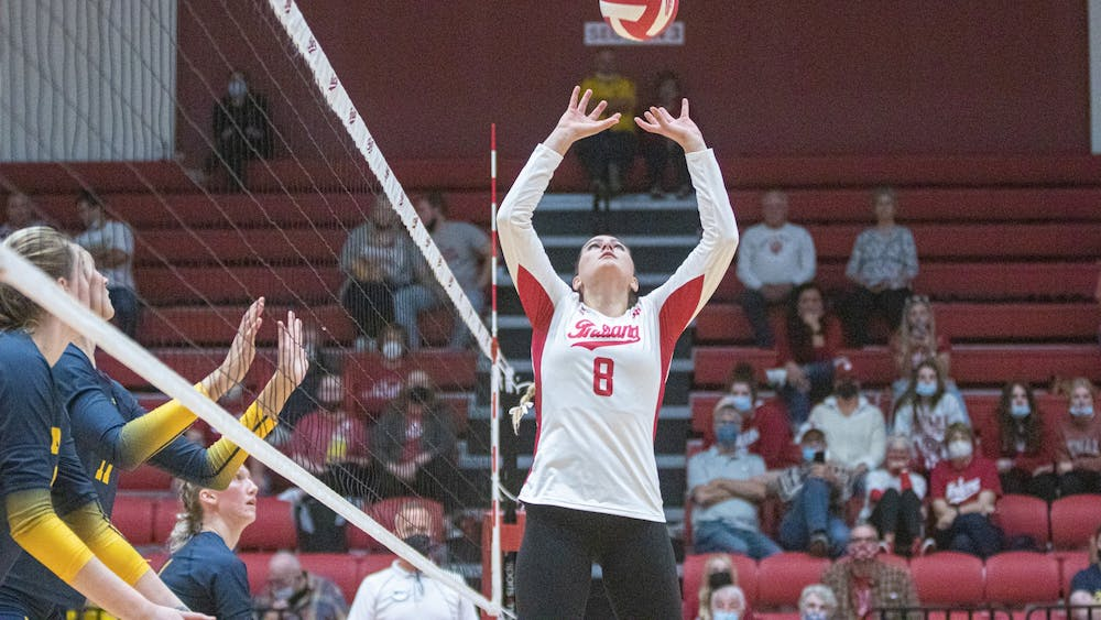 Graduate setter Brooke Westbeld sets the ball against Michigan on Oct. 20, 2021, at Wilkinson Hall. Indiana lost to Michigan 3-0.