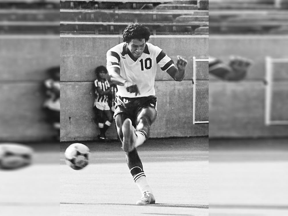 Armando Betancourt kicks a ball for IU men's soccer. Betancourt died at the age of 63 on Wednesday in San Pedro Sula, Honduras.