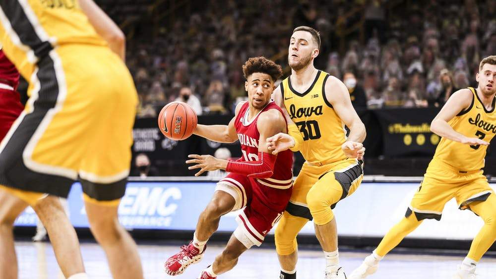 Junior guard Rob Phinisee plays offense Jan. 21 at Carver-Hawkeye Arena in Iowa City, Iowa. Phinisee contributed 18 points to the Hoosiers' win against the Hawkeyes.