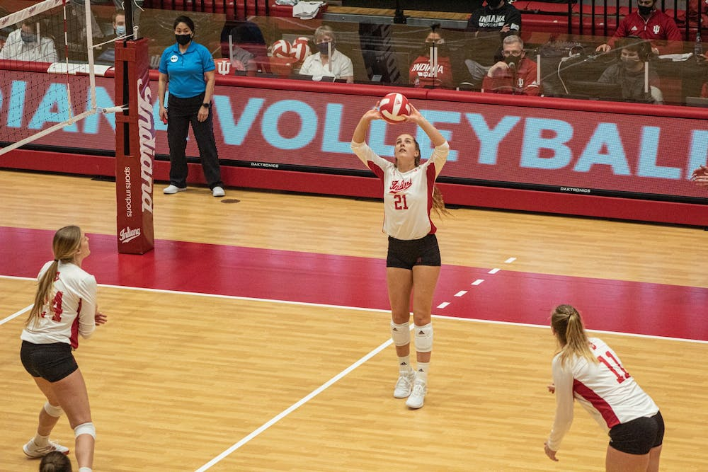 <p>Sophomore setter Emily Fitzner sets the ball for a hitter Jan. 23. in Wilkinson Hall. The Hoosiers will take on Rutgers on Friday and Saturday in Piscataway, New Jersey. </p>