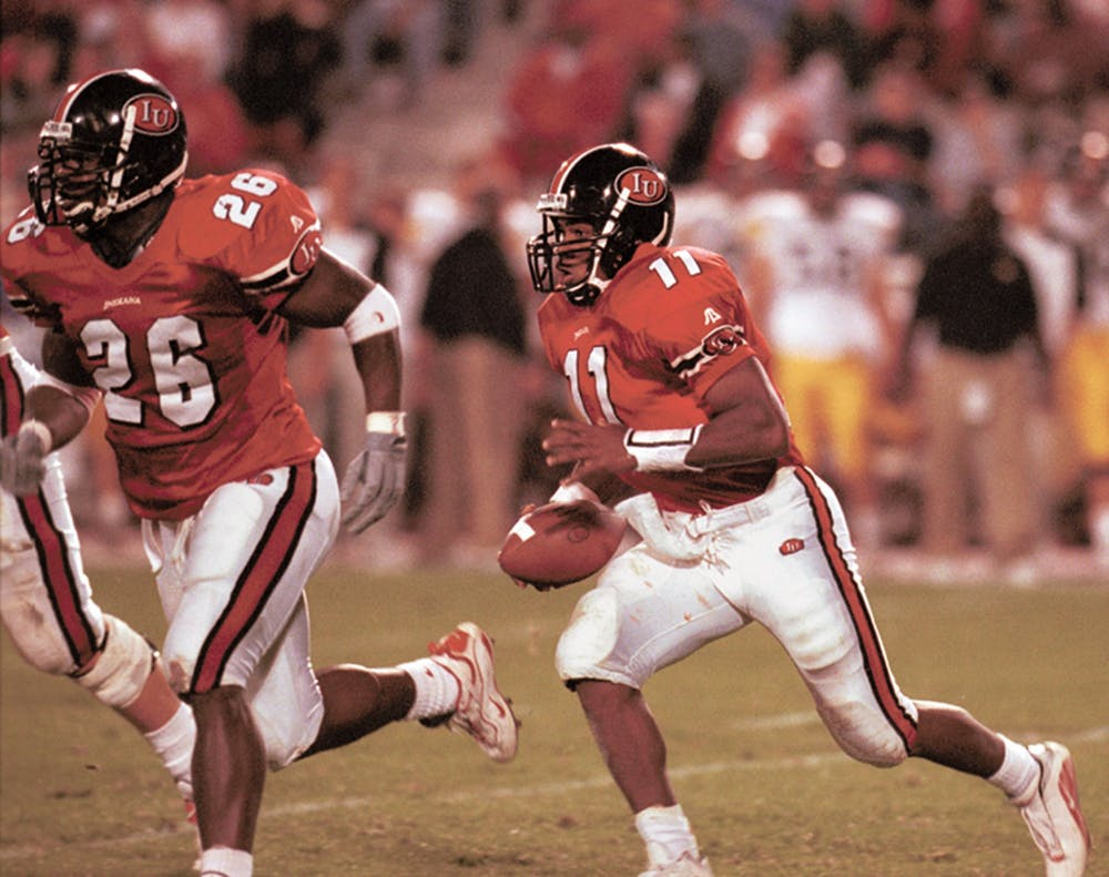 <p>Former IU quarterback Antwaan Randle El begins the option with DeWayne Hogan at his side during the Hoosiers&#x27; 2000 victory against the Iowa Hawkeyes at Memorial Stadium. Randle El won a Super Bowl in 2006 with the Pittsburgh Steelers.</p>