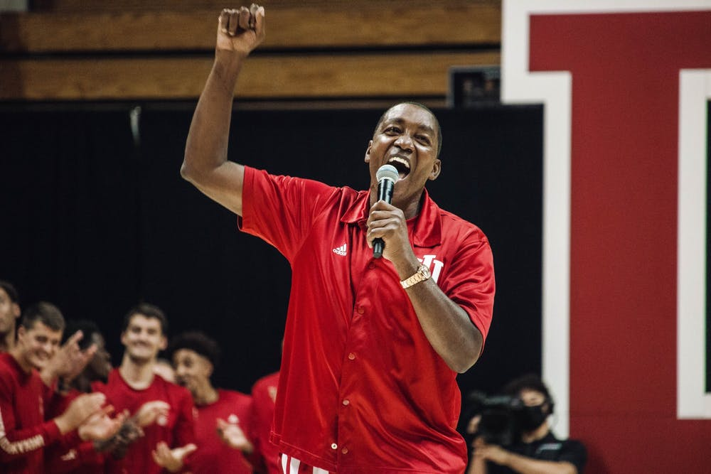 <p>Former Indiana men&#x27;s basketball player Isiah Thomas speaks to the crowd during Hoosier Hysteria Oct. 2, 2021, at Simon Skjodt Assembly Hall. Thomas was a part of IU&#x27;s 1981 national championship team.</p>