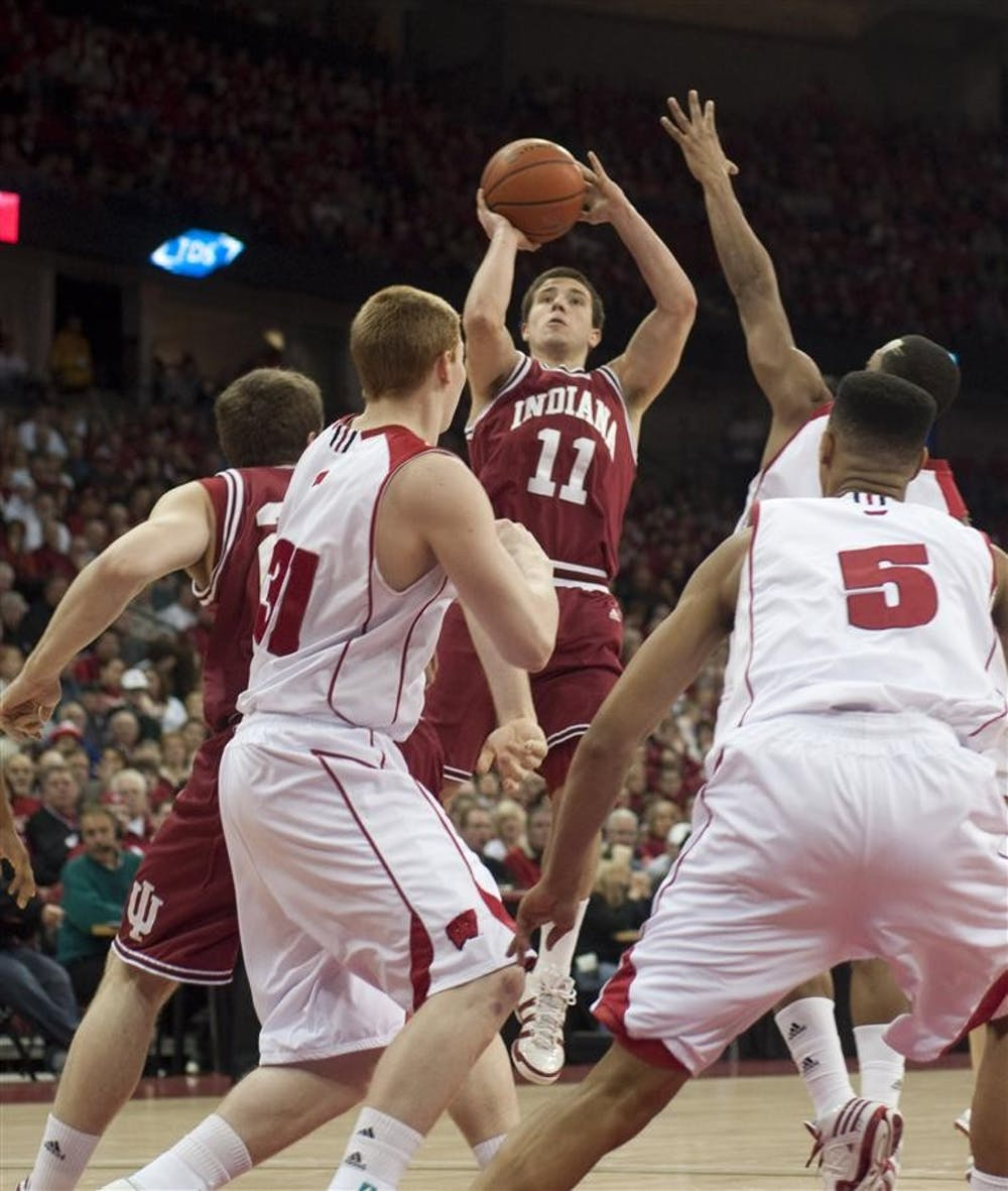 Hoosiers battle slow-paced Badgers - Indiana Daily Student