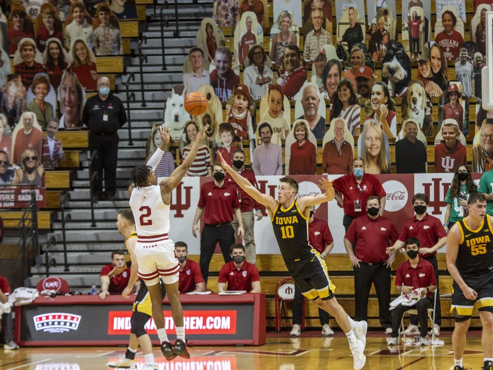 Sophomore guard Armaan Franklin shoots the game-winning shot over Iowa defender Joe Weiskamp on Feb. 7 at Simon Skjodt Assembly Hall. Franklin entered the NCAA's Transfer Portal on Tuesday.