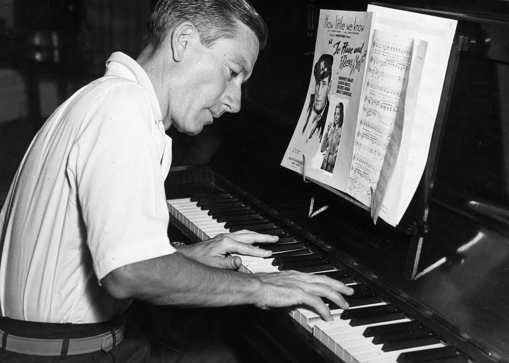Hoagy at piano 2
