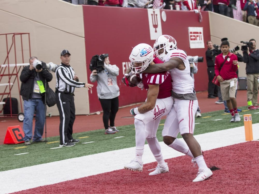 Simmie Cobbs Jr catches Richard Lagow's pass for a touchdown in the third quarter. IU lost to Wisconsin, 45-17, to fall to 3-6 (0-6) on the season.