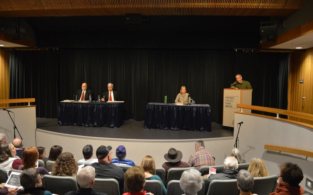 The Grassroots Conservatives and the Refugee Support Network co-hosted a panel at the Monroe County Library discussing the Bloomington refugee resettlement. Members of the Bloomington community were encouraged to ask questions and participate in the discussion Wednesday evening.