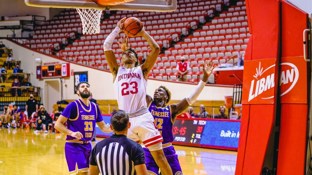 Sophomore forward Trayce Jackson-Davis drives to the basket through the Tennessee Tech defense on Nov. 25 at Simon Skjodt Assembly Hall. Jackson-Davis scored 26 points in the IU victory.