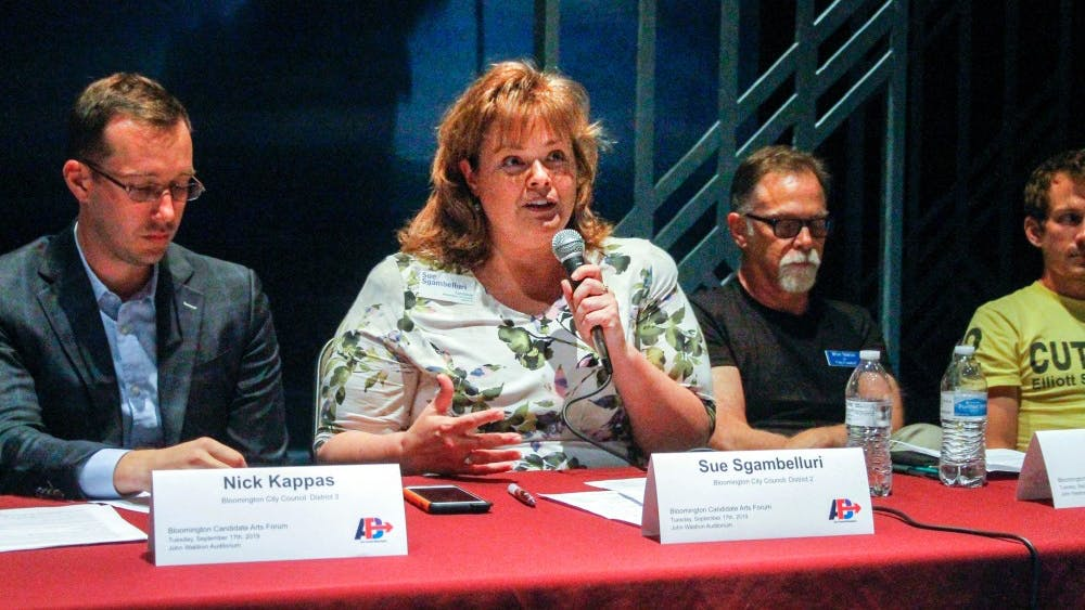 Sue Sgambelluri, candidate for Bloomington City Council District 2, talks with community members Sept. 17 at the Ivy Tech John Waldron Arts Center. The arts forum was put on by Arts Forward Bloomingtonand focused on community concerns about keeping art alive and supported in Bloomington.