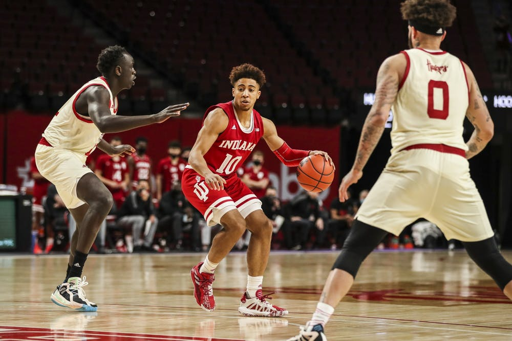 <p>Junior guard Rob Phinisee drives during the game against the Nebraska Huskies on Sunday at Pinnacle Bank Arena in Lincoln, Nebraska. Phinisee finished with 18 points.</p>