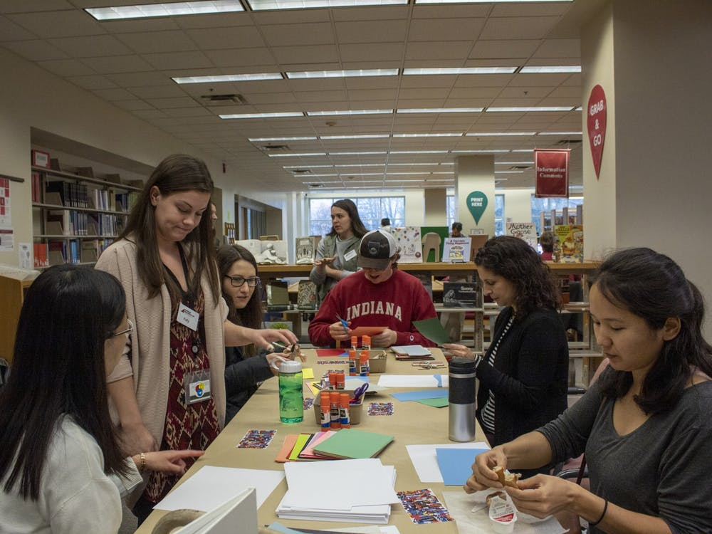 IU students participate in an art wellness pop up with some faculty from the Eskenazi Museum of Art on Nov. 18 in the Wendell W. Wright Education Library. Pop-Ups are put on by the art therapist at the museum periodically around campus.
