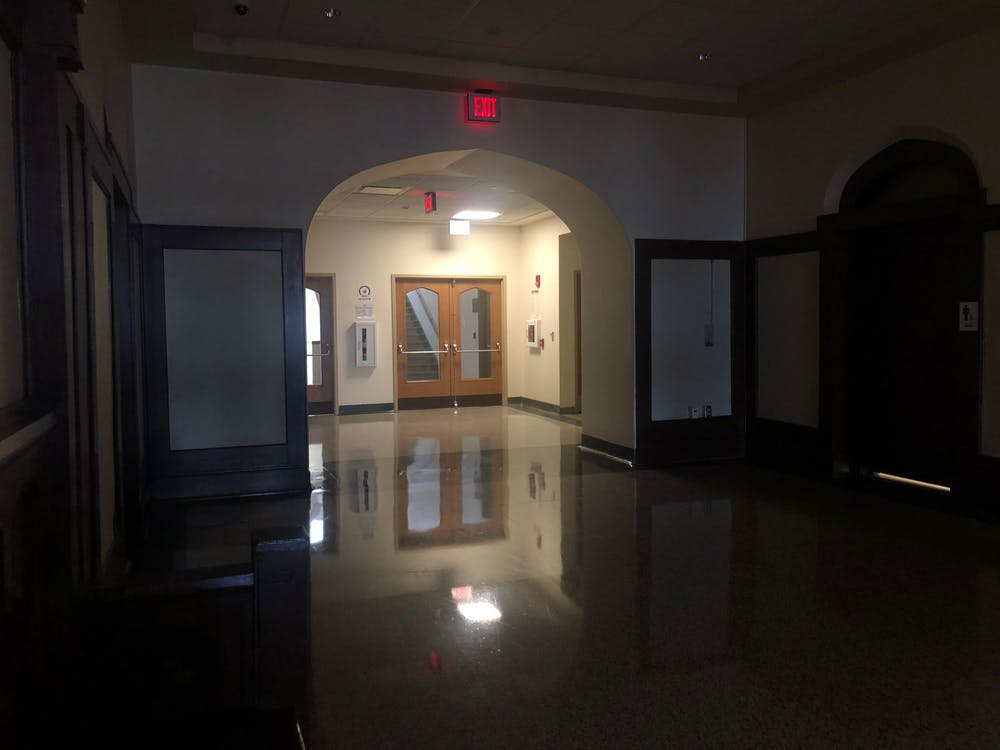 <p>Emergency lights are turned on Nov. 8 in Franklin Hall. Campus experienced a power outage in some of its buildings.</p>