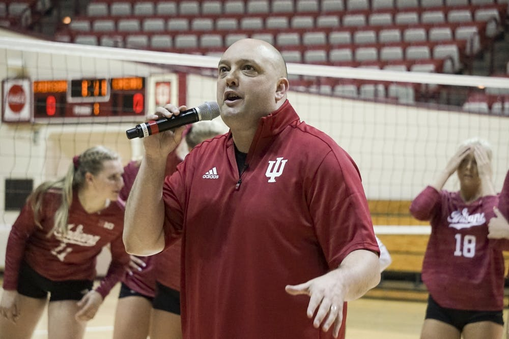 <p>IU women's volleyball head coach Steve Aird hypes the crowd up for the 2018 Cream &amp; Crimson scrimmage at Simon Skjodt Assembly Hall. All fall sports were postponed Aug. 12by the Big Ten Conference.</p>