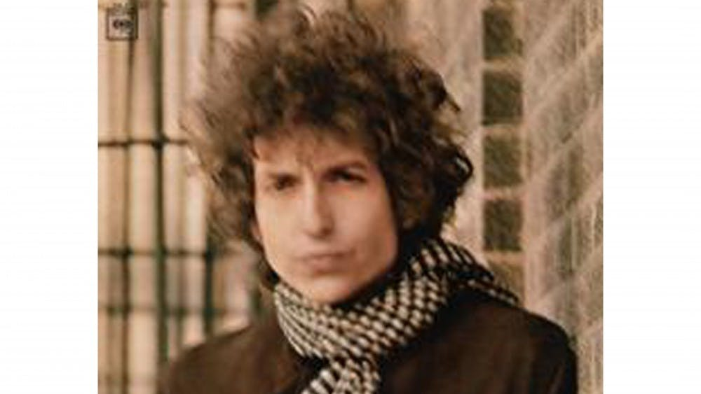 "Bob Dylan released ""Blonde on Blonde"" in 1966, combining an Americana sound with electric instrumentations. Bob Dylan and his Band will play this Sunday at the Auditorium."